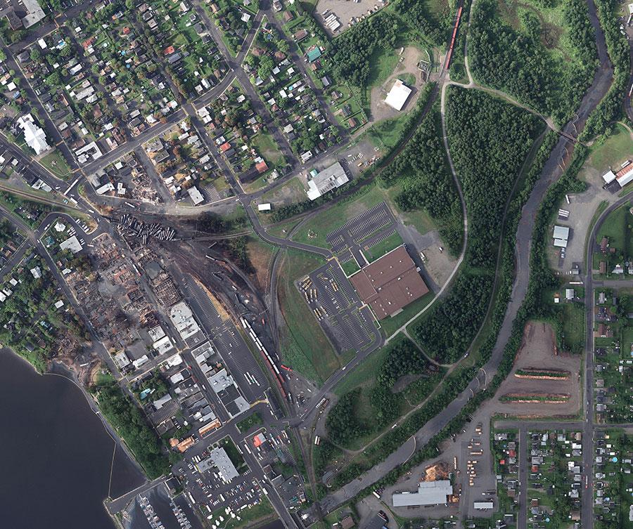 Recherche-Lac Mégantic-Catastrophe-post urgence-Photographie aérienne-post désastre